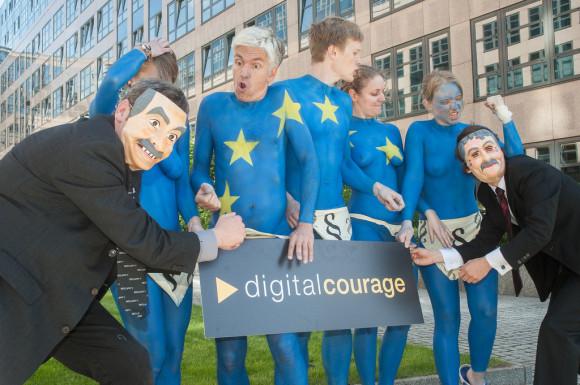 EU Datenschutz-Protest vor dem Innenministerium